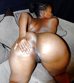Amateur black wife fron New York, nude..